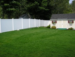 Click here to view our Vinyl Fence gallery